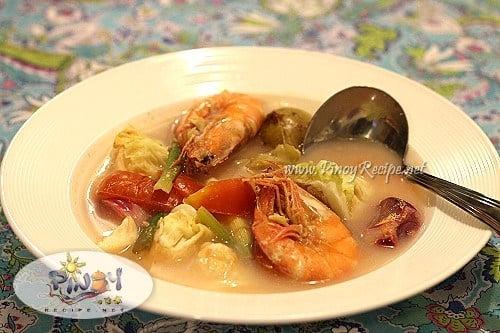 filipino shrimp sinigang soup