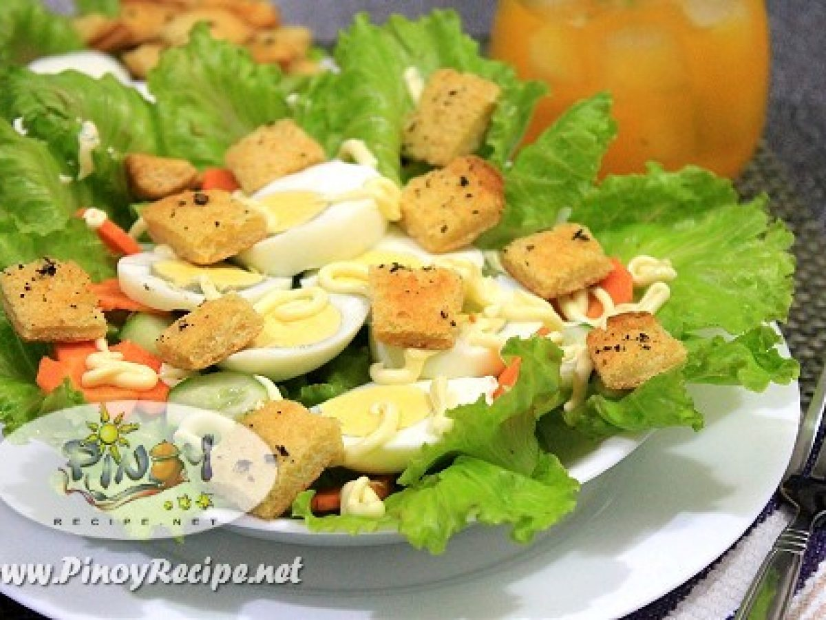 Egg Lettuce Salad With Garlic Herb Croutons Recipe