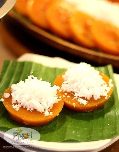 kutsinta recipe by Filipino Recipes Portal