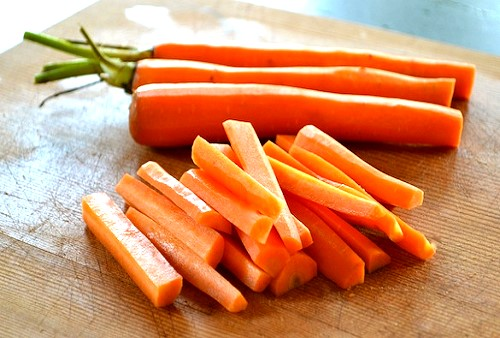 top ten health benefits of carrots - cut