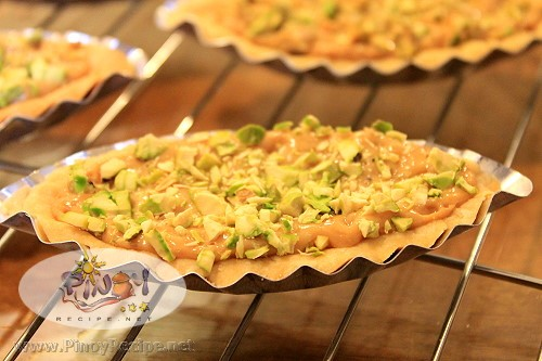 caramel boat tart recipe with pistachio nuts