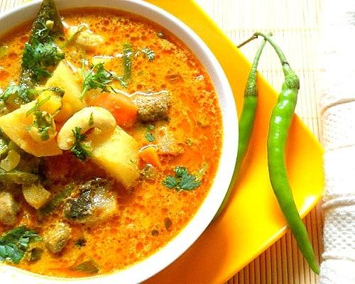 Indian Sambar (Vegetable Stew)