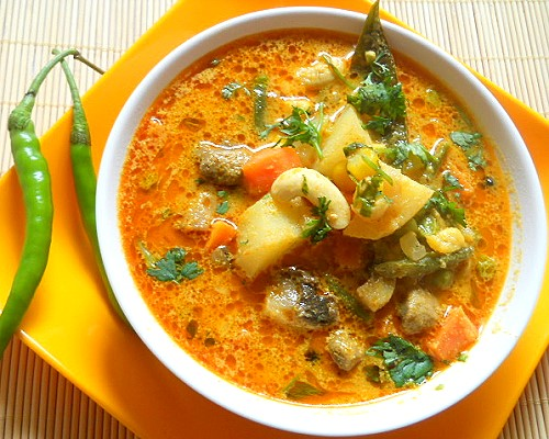 Indian Sambar (Vegetable Stew)