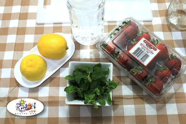 Ingredients of Strawberry Lemon Mint Infused Water