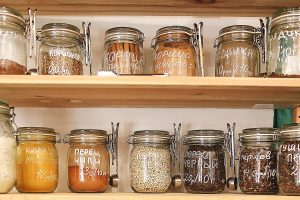 Keep Pests Away - Food containers
