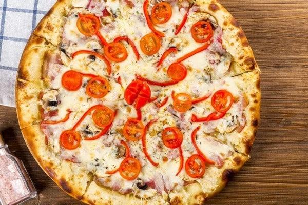Provolone Cheese and Tomato Pizza Recipe
